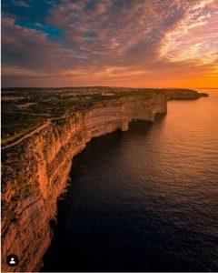 Tas-Sanap Cliffs